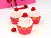 Raspberry Dream Cupcakes 340g